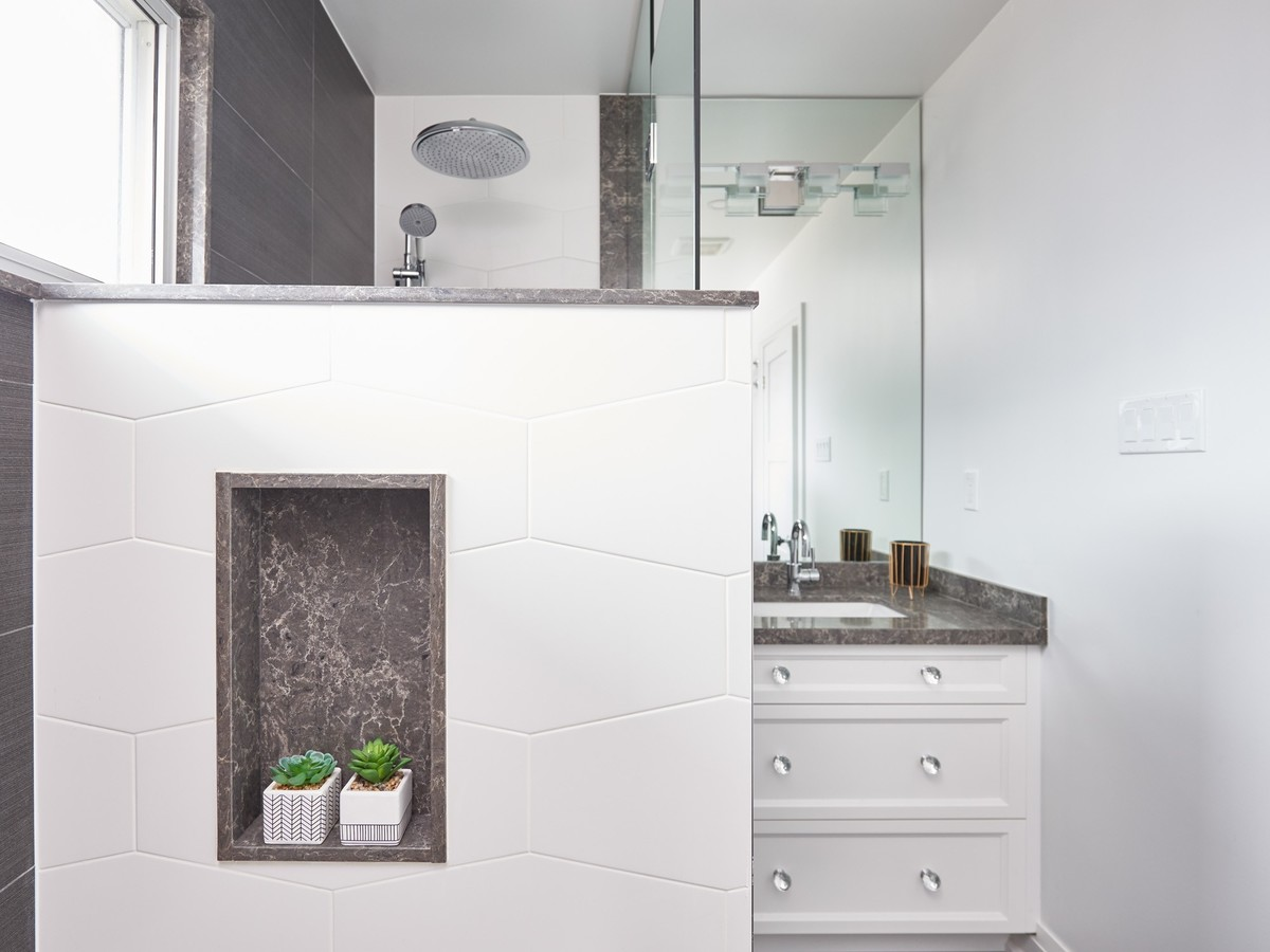 bathroom layout design space planning